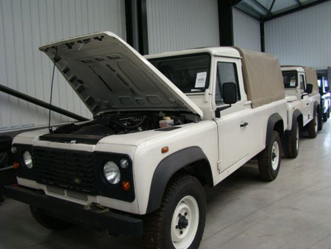 land-rover-defender-sale-12-1