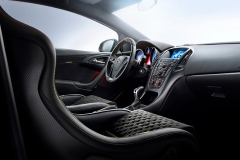 Opel-Astra-OPC-Extreme-29