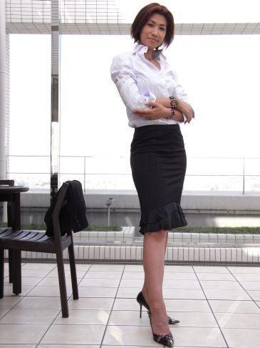 小野寺MARIKOさんのレディースオーダーシャツ
