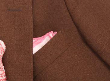 ブラウン春スーツ2