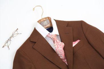 ブラウン春スーツ1
