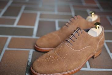 スエード靴 雨
