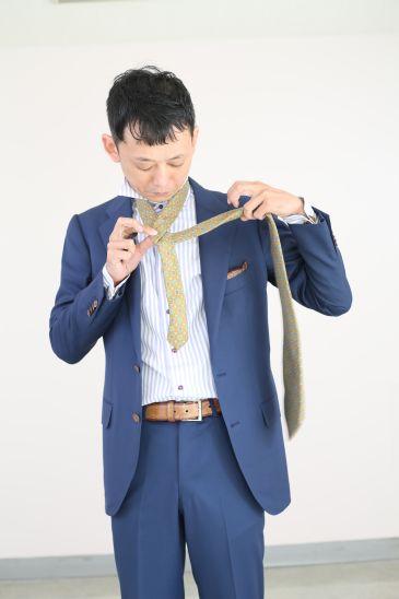 ネクタイの結び方 ダブルノット004