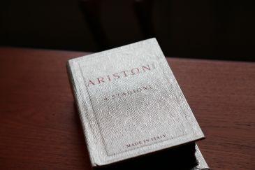 アリストン 生地