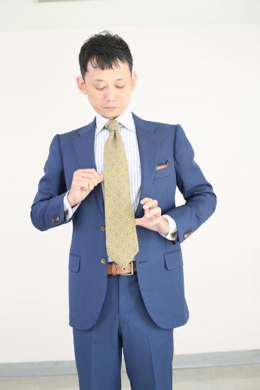 ネクタイの結び方 ダブルノット016