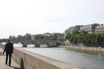 スーツスタイル パリ