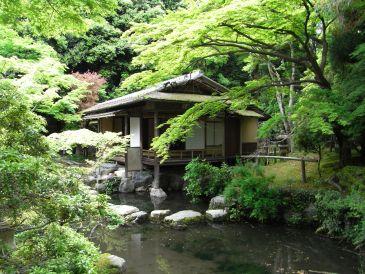 京都、銀閣寺近く、白沙村壮の庭園