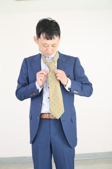 ネクタイの結び方 ダブルノット011