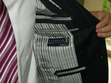 司会者スーツ