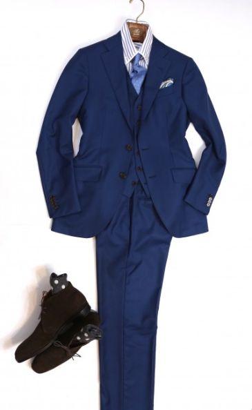 ホーランド青スーツ