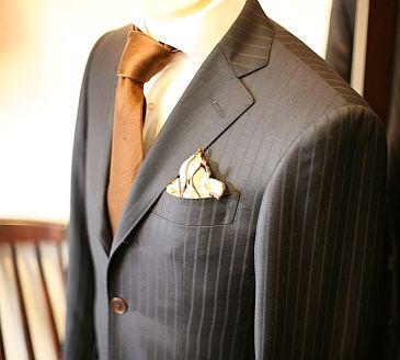 オーダースーツコンシェルジュ 松はじめのスーツ着こなし方ブログ