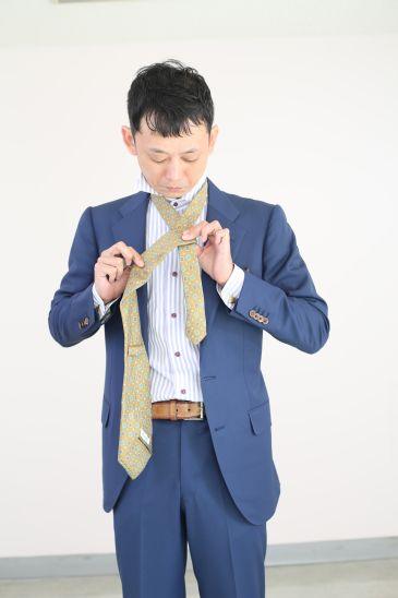 ネクタイの結び方 ダブルノット006