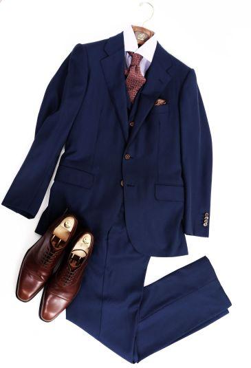 新年あいさつ回り 服装 スーツ