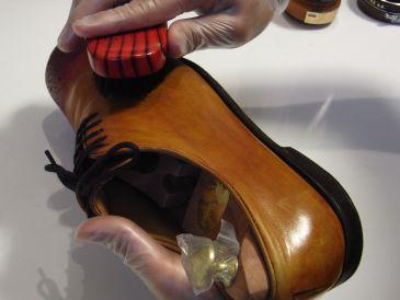 靴の磨き方