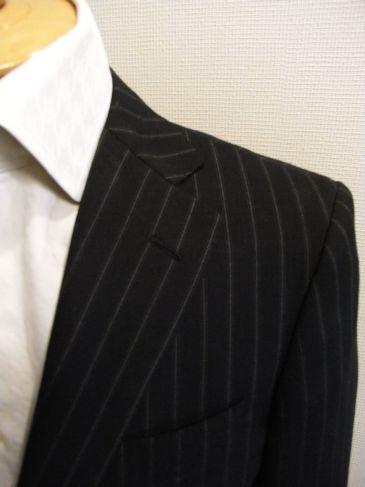 スーツのフラワーホール