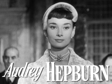 Audrey_Hepburn_in_Roman_Holiday_trailer