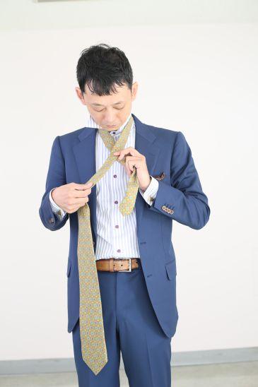 ネクタイの結び方 ダブルノット003