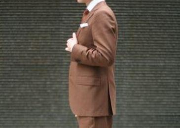 茶色 スーツ