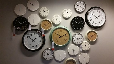 wall-clocks-534267_640-compressor