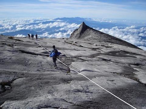 キナバル山の画像 p1_35
