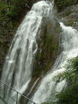 ストーニークリーク滝
