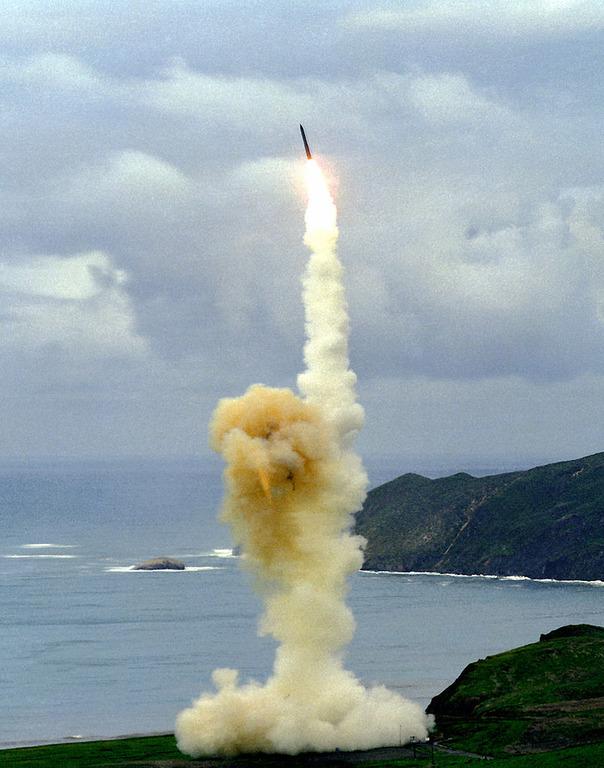 北朝鮮ICBM発射