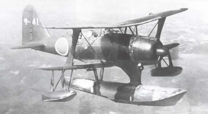 日本海軍 零式水上観測機11型