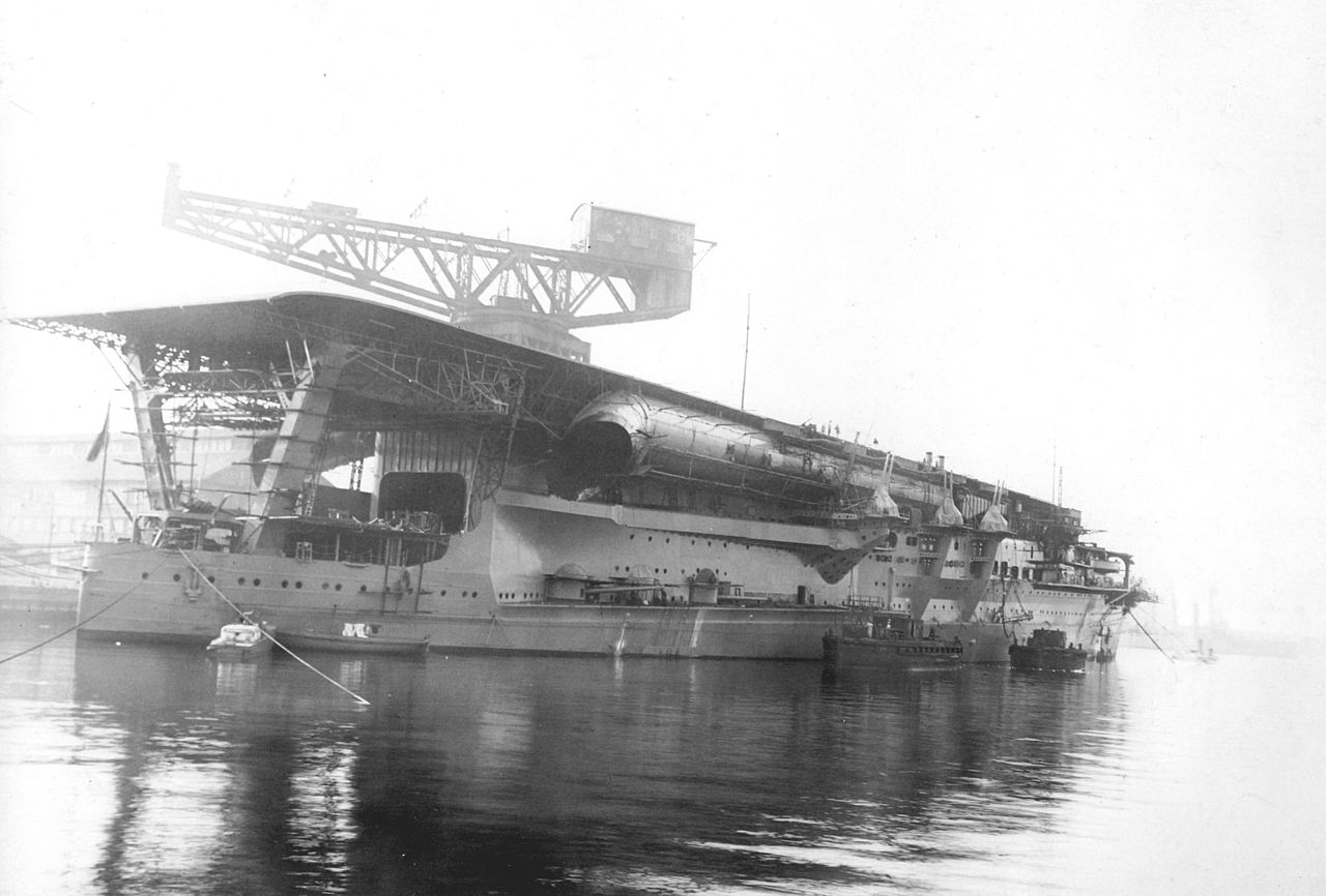1280px-Japanese_Navy_Aircraft_Carrier_Kaga_1928