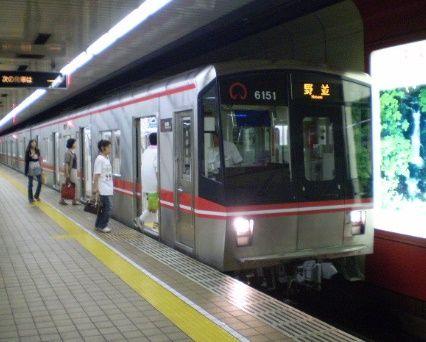 桜通線電車png