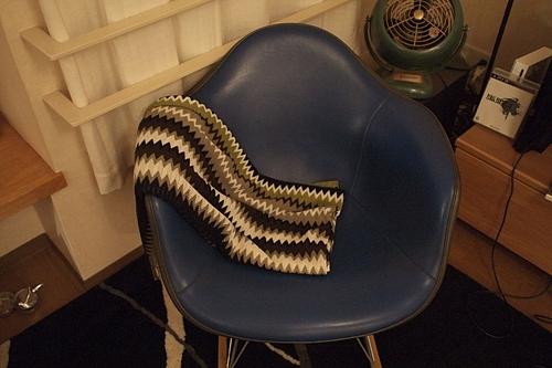 M.ZUIKO DIGITAL 17mm F2.8 椅子