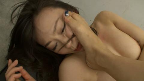 150413_羽月希vs友田彩也香_050