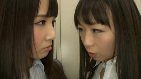 150413_羽月希vs友田彩也香_009