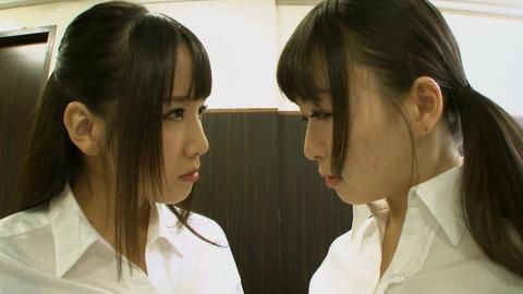 150413_羽月希vs友田彩也香_072
