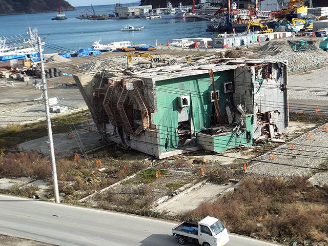 女川の今 onagawa now : 江島共済会館と女川サプリメントが解体決定