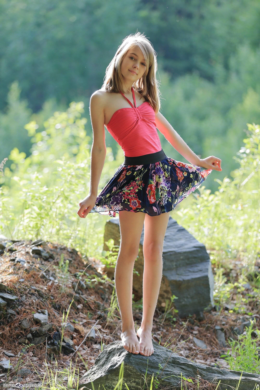 ロシアの美女まとめ ロシアの美女とゴプニキの画像交互に貼っていく ?
