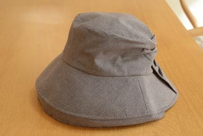 バックリボン帽子