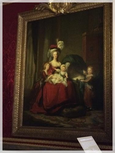 マリーアントワネットと子ども達