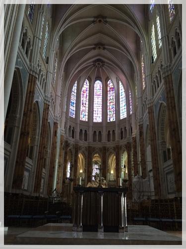 シャルトル大聖堂の中