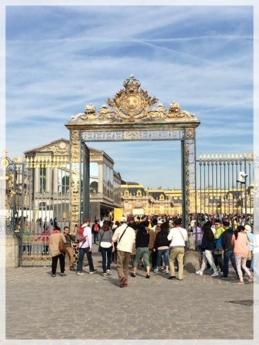 ヴェルサイユ宮殿入口