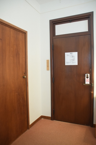 ドアが高い