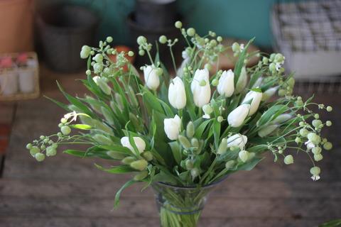 * flowers decorate *
