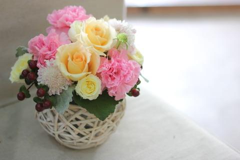 5月12日母の日 JR鹿沼駅に出張花屋♪