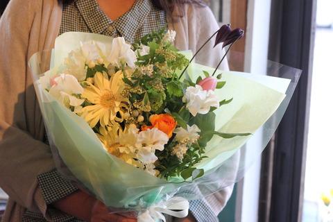 * 爽やかなお色の花束 *