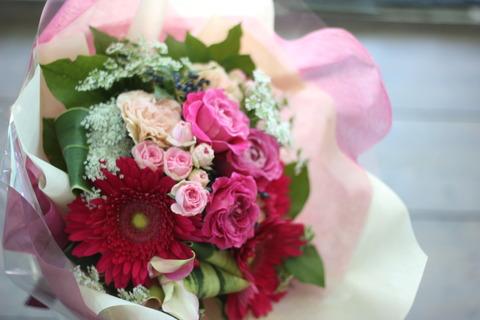 送別会シーズン。エールを込めてお花を♪
