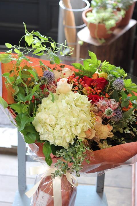 お花が大好きな母へ花束を