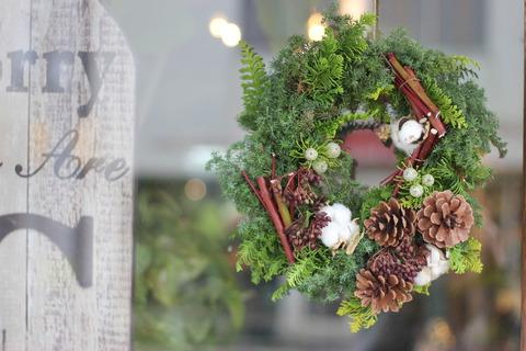 * Christmas Wreathご予約承ります *
