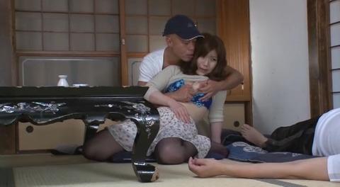 旦那の実家で犯されて  美泉咲 MOMJ215 (34)