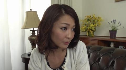 息子を溺愛する母、艶堂しほり OKSN-261 (2)