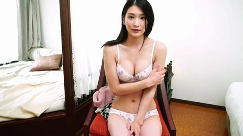 本庄鈴 Suzu First Movement REBDB-328 (15)