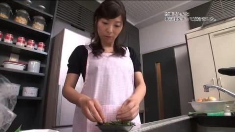 一条綺美香 48歳 AV DEBUT STAR-372 (2)